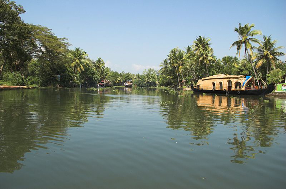 Kumarakom, one of the Best Places to visit in Kerala