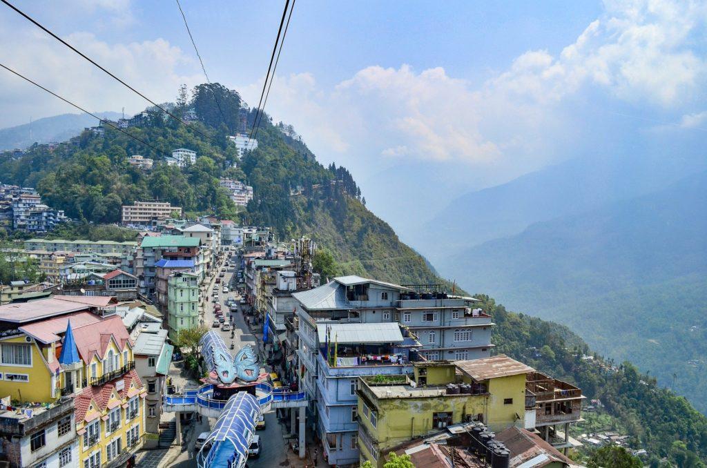 Landscape view of Gangtok... nathu la
