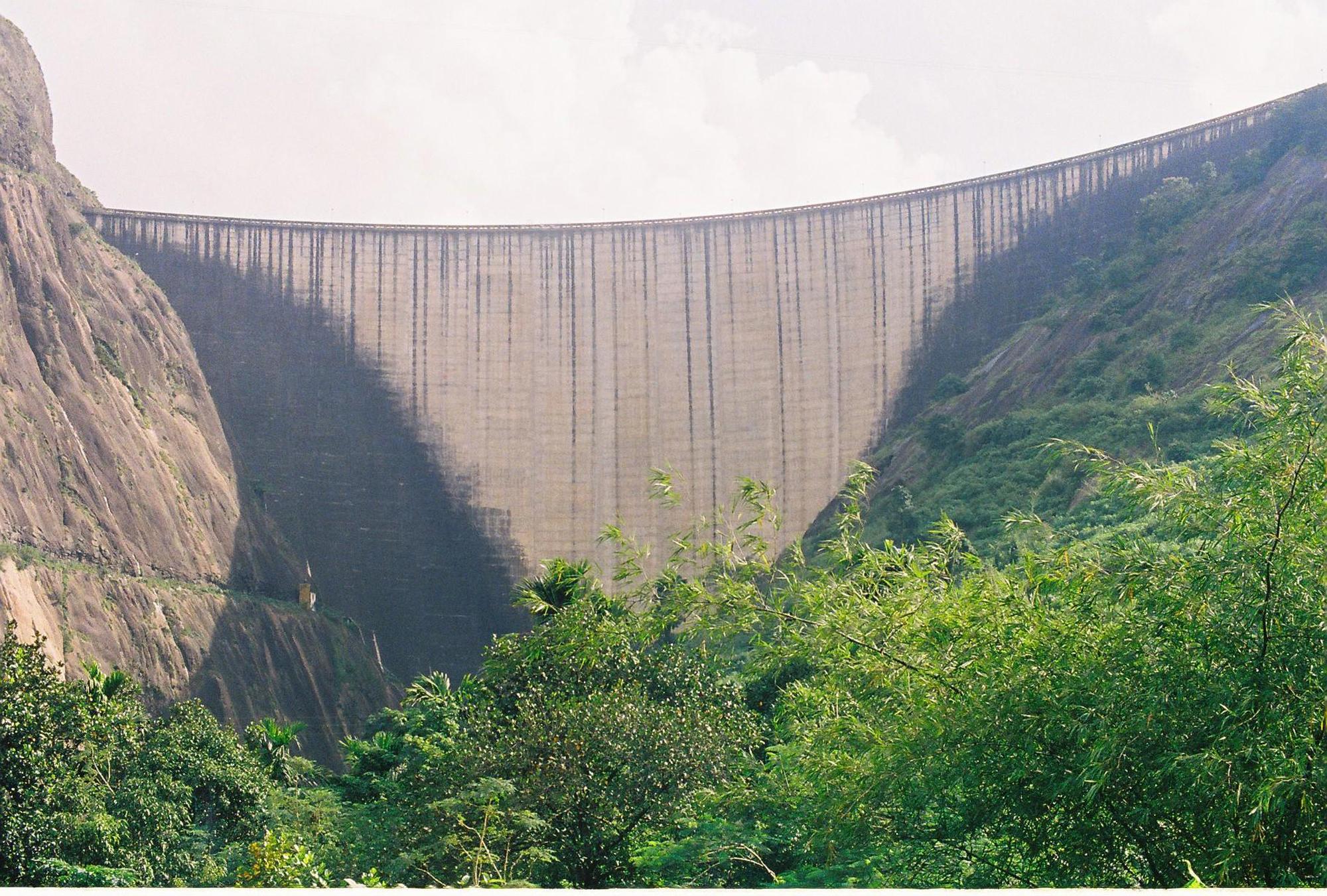 Downstream, Idukki Arch Dam