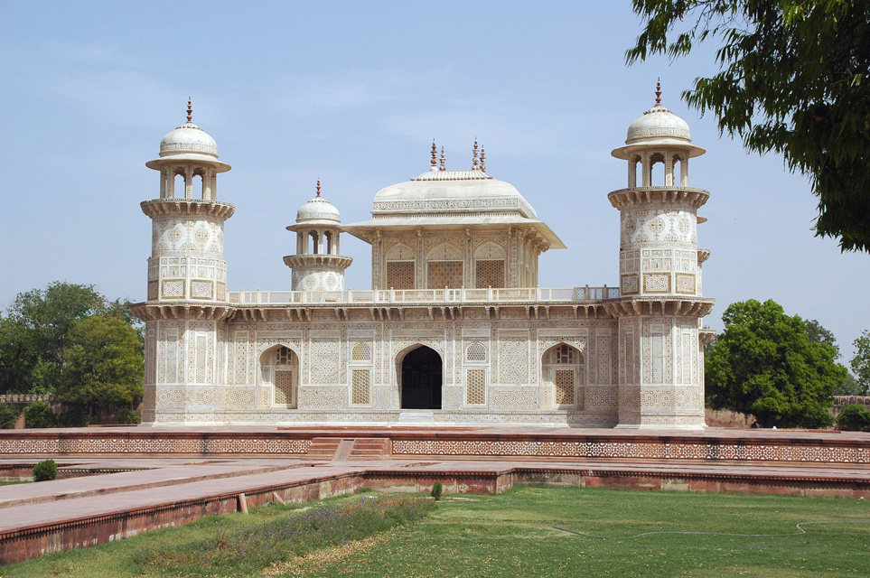 Tourist Places In Agra The Bunch Of Lesser Known