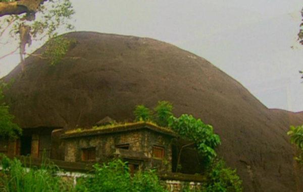 Kaviyur Thrikkakudy Cave Temple