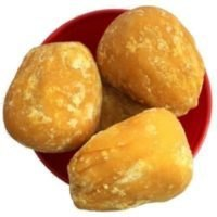 jaggery for mathri