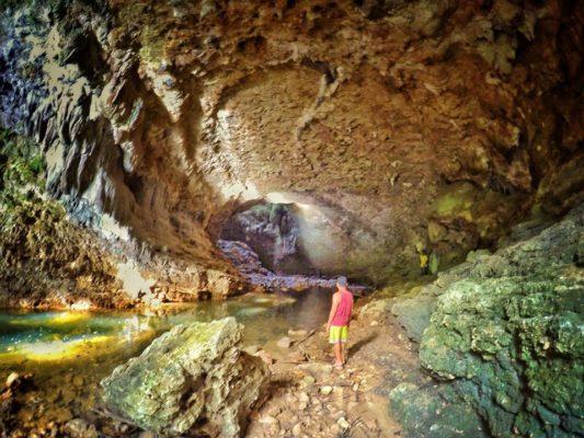 hinayagan-cave